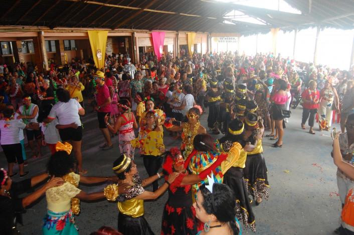 Baile reuniu cerca de 500 servidores aposentados na Casa das Dunas