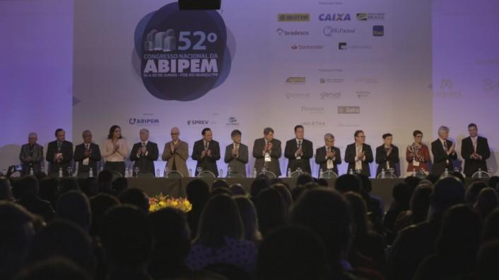 Congresso reuniu representantes de mais de 300 RPPS em Foz do Iguaçu (PR)